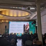 location ecran geant pour conference