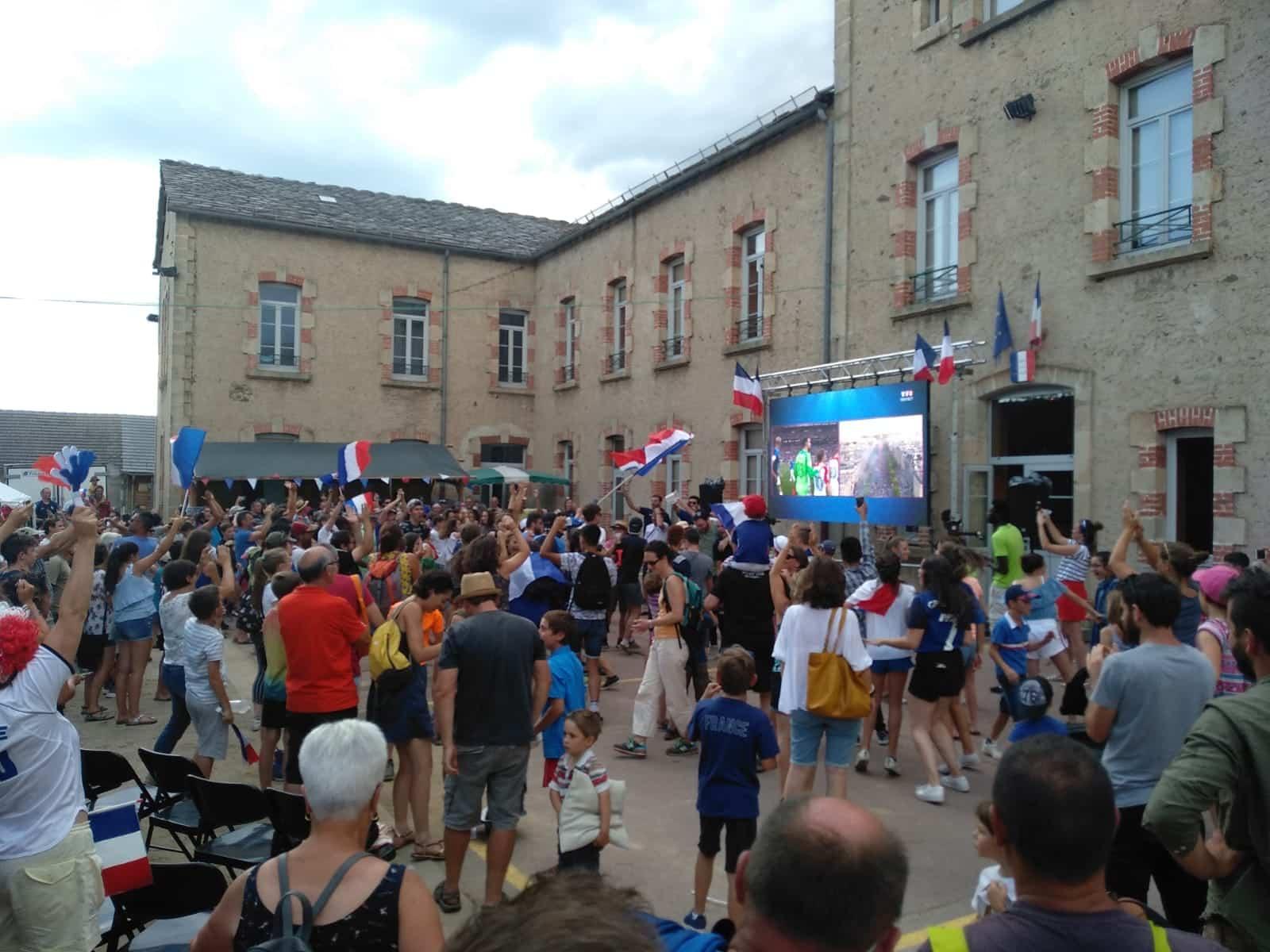 ecran geant fan zone coupe du monde mairie