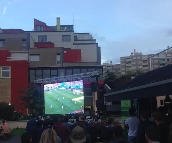 ecran geant fan zone coupe du monde